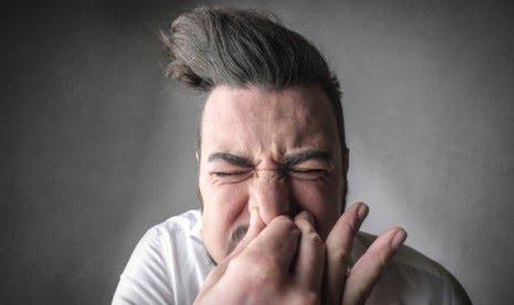 Kebiasaan Sepele Yang Berbahaya Bagi Tubuh Nomor 2 Paling Sering Dilakukan